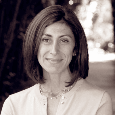 Lisa Gennetian headshot